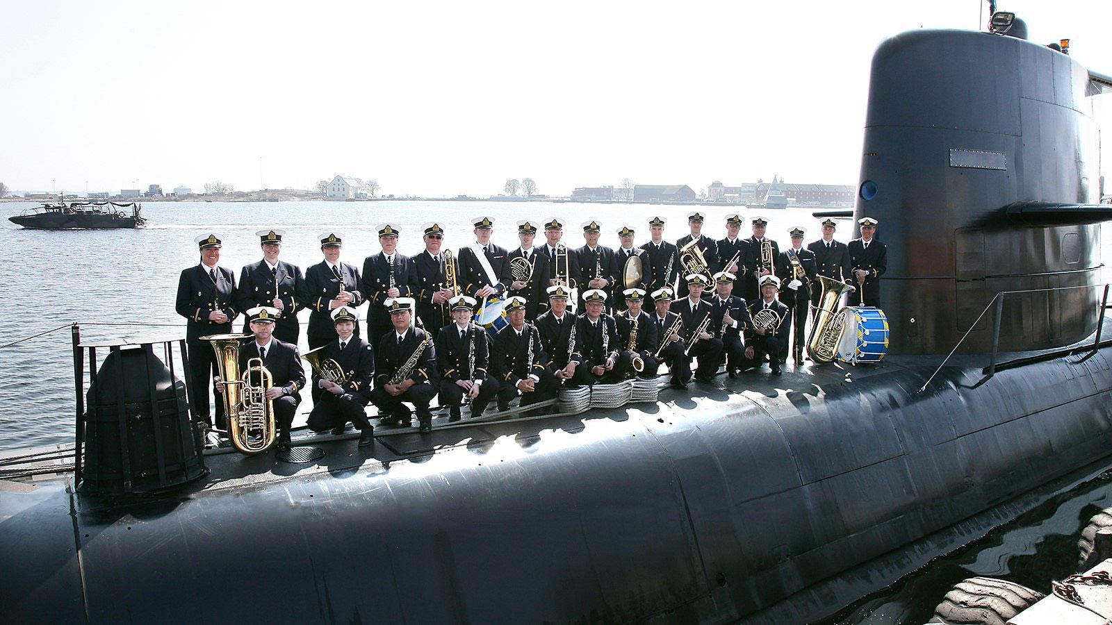 Postcards med Marinens Musikkår